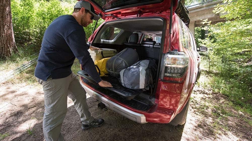 2018-Toyota-4Runner-Interior-2