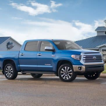 2018-Toyota-Tundra-Limited-CrewMax