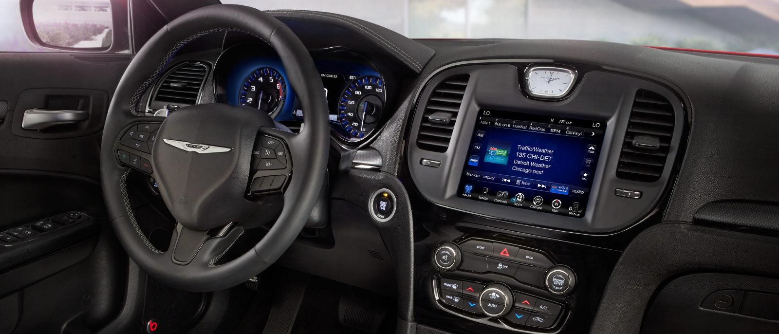 2016 Chrysler 300 Front Interior1