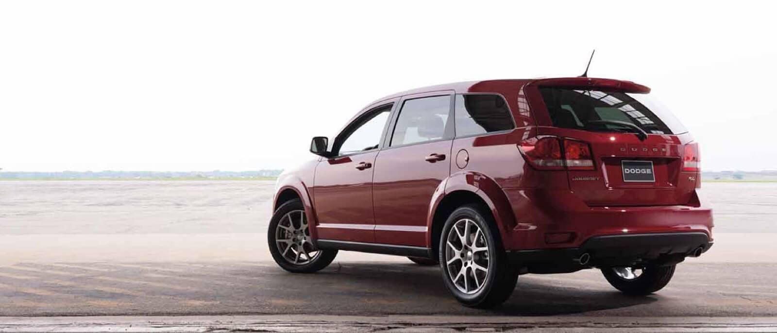 2016-Dodge-Journey rear
