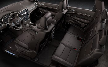 2016 Jeep Grand Cherokee Interior