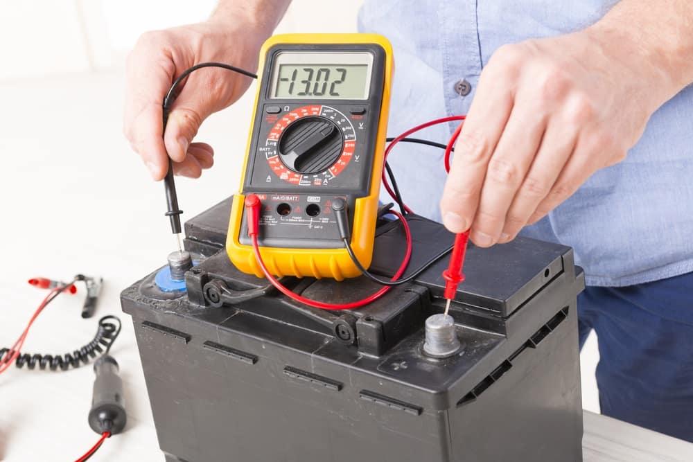Battery Voltage Reader