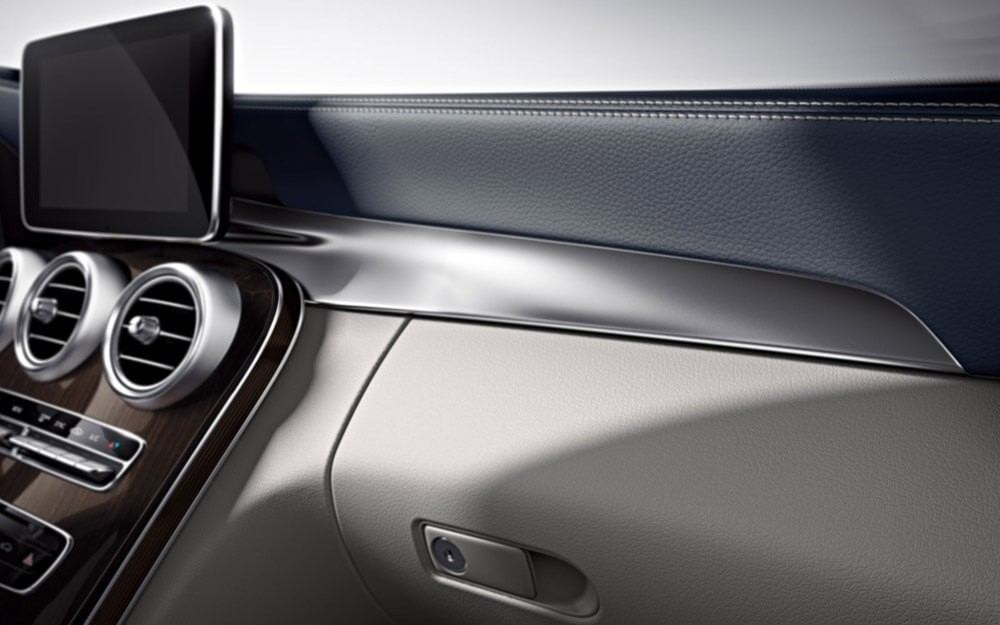 The richly powerful and equipped 2018 mercedes benz c class for Mercedes benz honolulu inventory