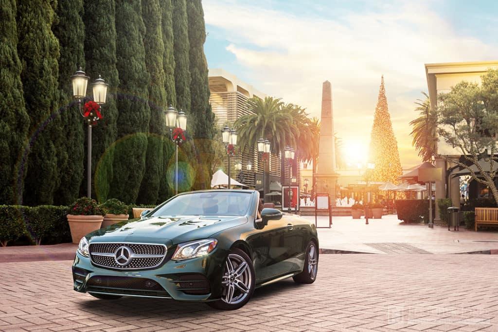 Mercedes-Benz Outside