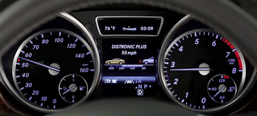 DISTRONIC PLUS display on gauge cluster