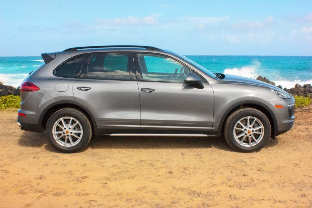 Porsche Cayenne On the beach