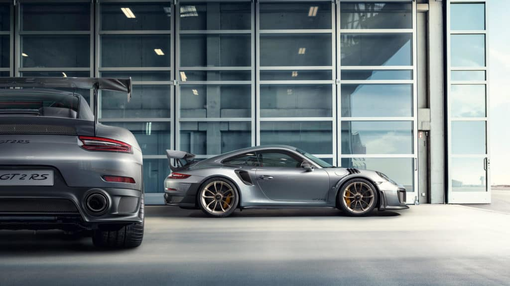Porsche 911 GT2 RS Rear and side profile