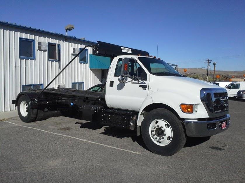 upfitted trucks 008-1