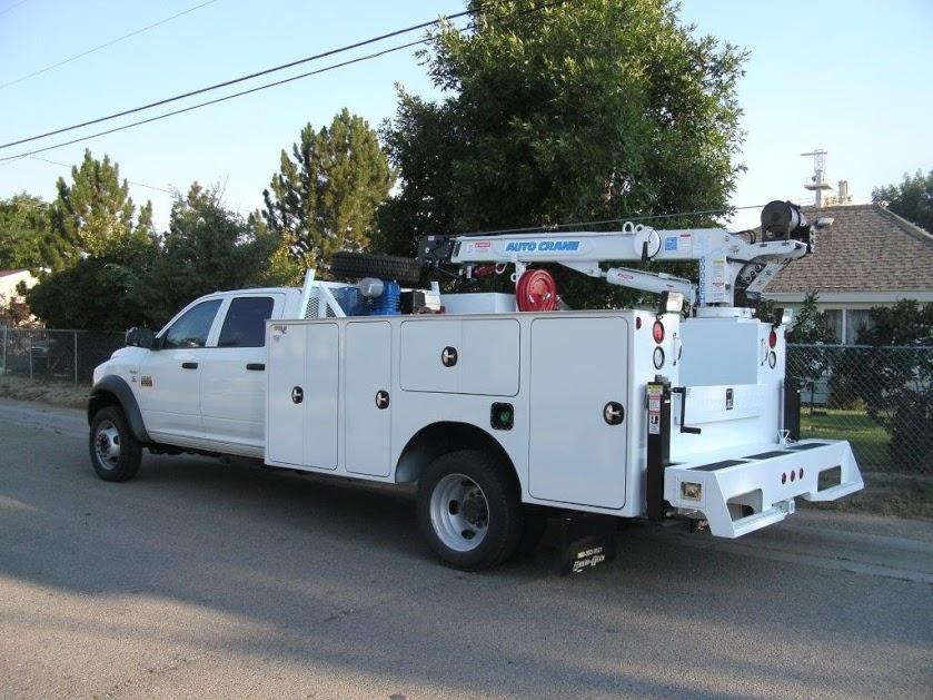 upfitted trucks 013-1