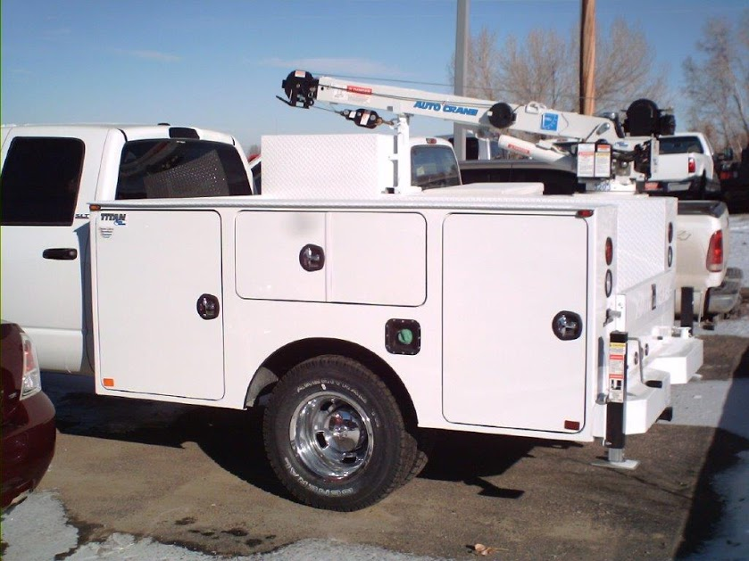 upfitted trucks 022-1