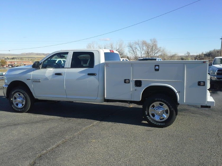 upfitted trucks 037-1
