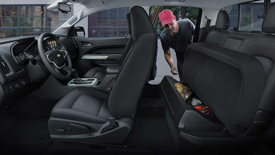 Interior Features of the New Chevrolet Colorado at Garber in Linwood, MI