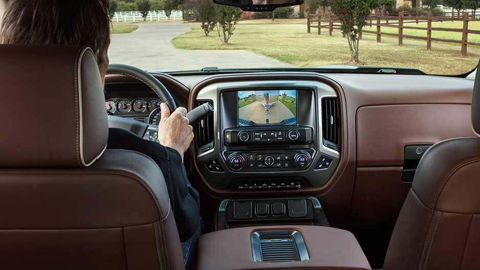 Technology Features of the New Chevrolet Silverado at Garber in Linwood, MI