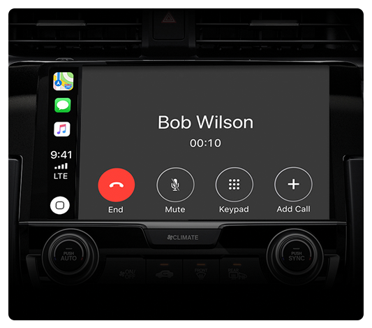 Apple-CarPlay-Phone