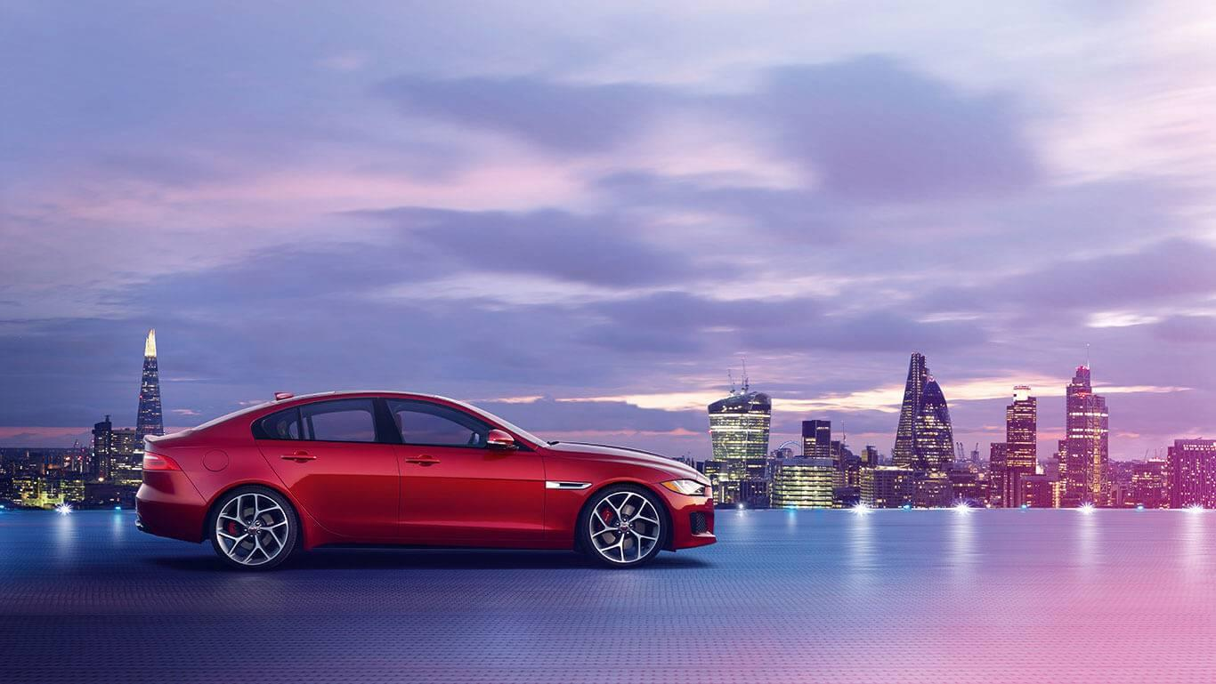 2018-jaguar-xe-red-profile