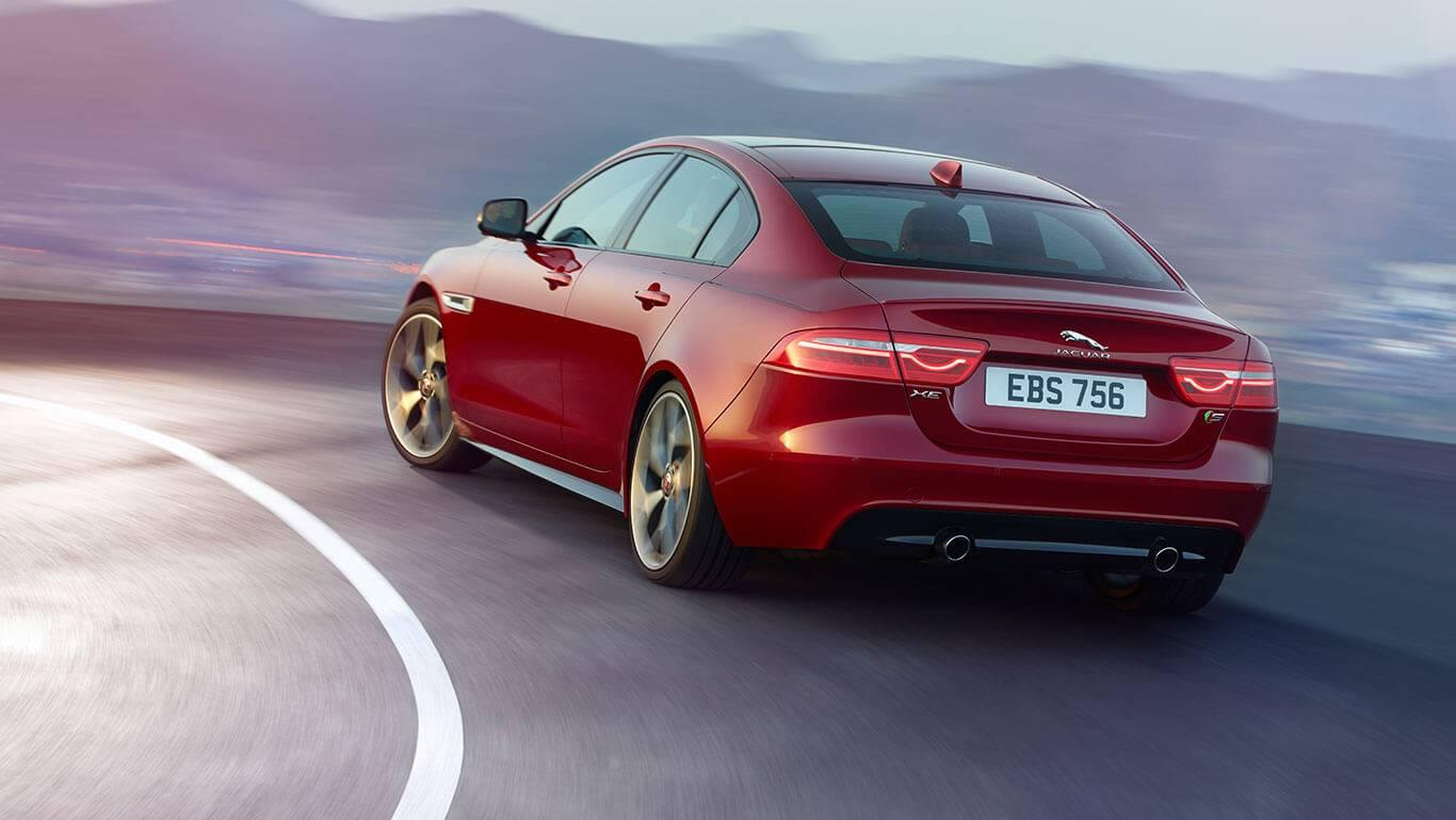 2018-jaguar-xe-red-side-rear