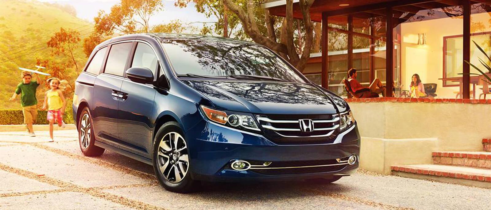 blue 2017 Honda Odyssey