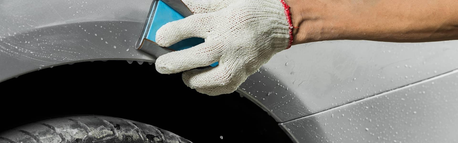 Wetsanding a paint scratch
