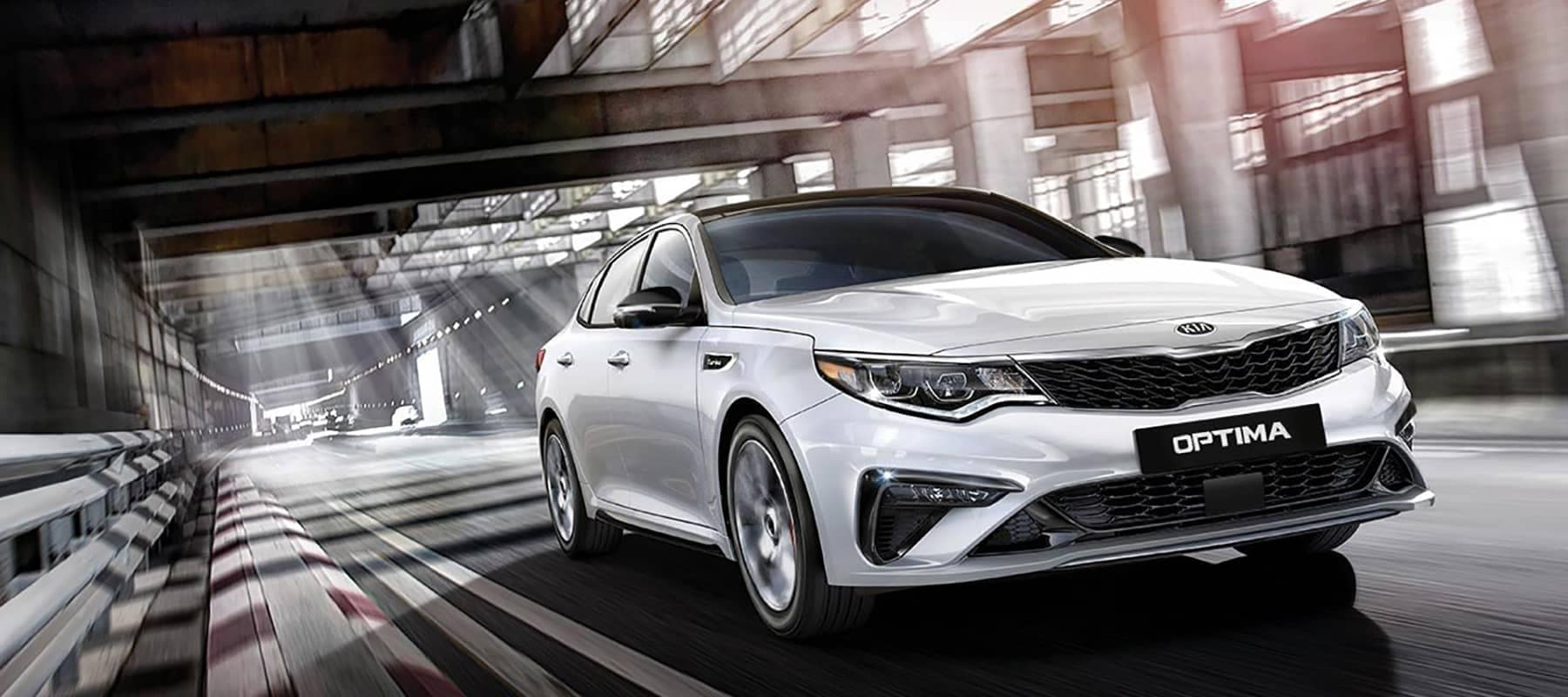 2019 Kia Optima Performance Background