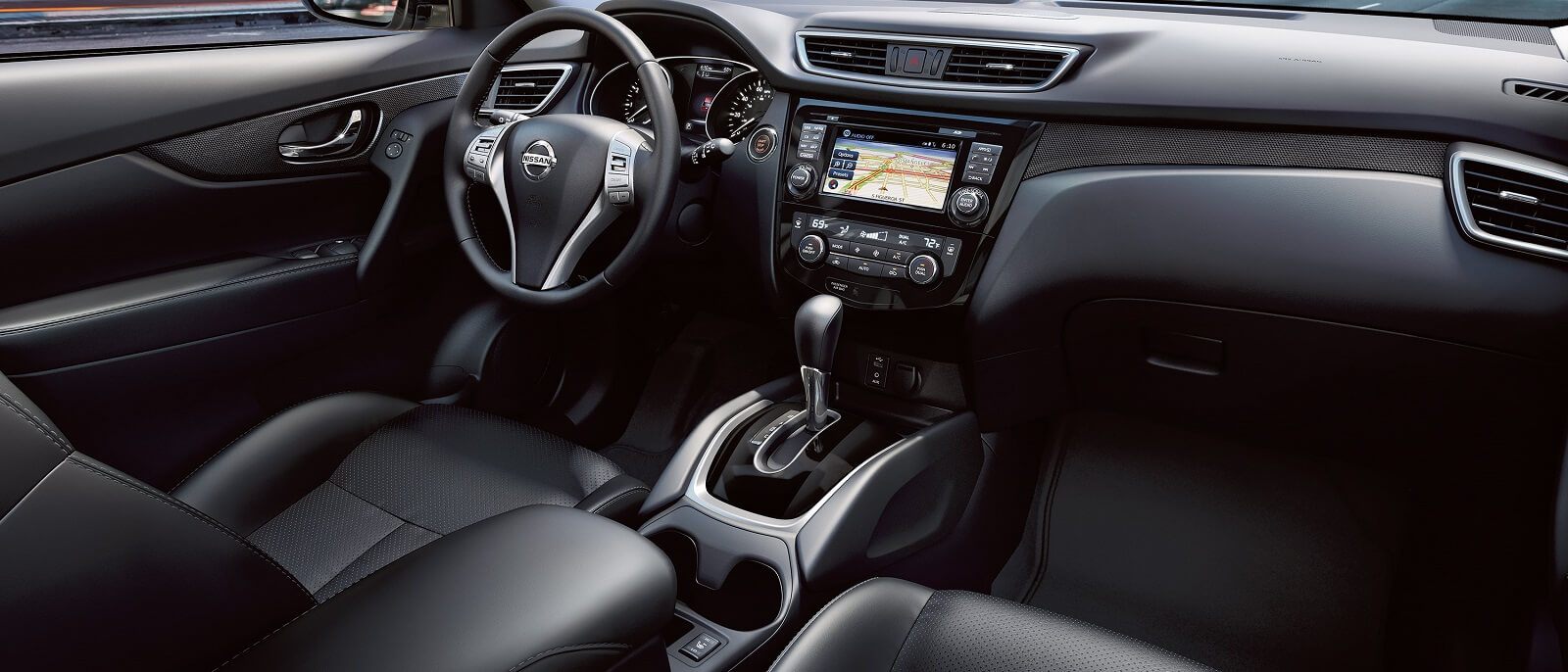 2016 Nissan Rogue Interior Cabin