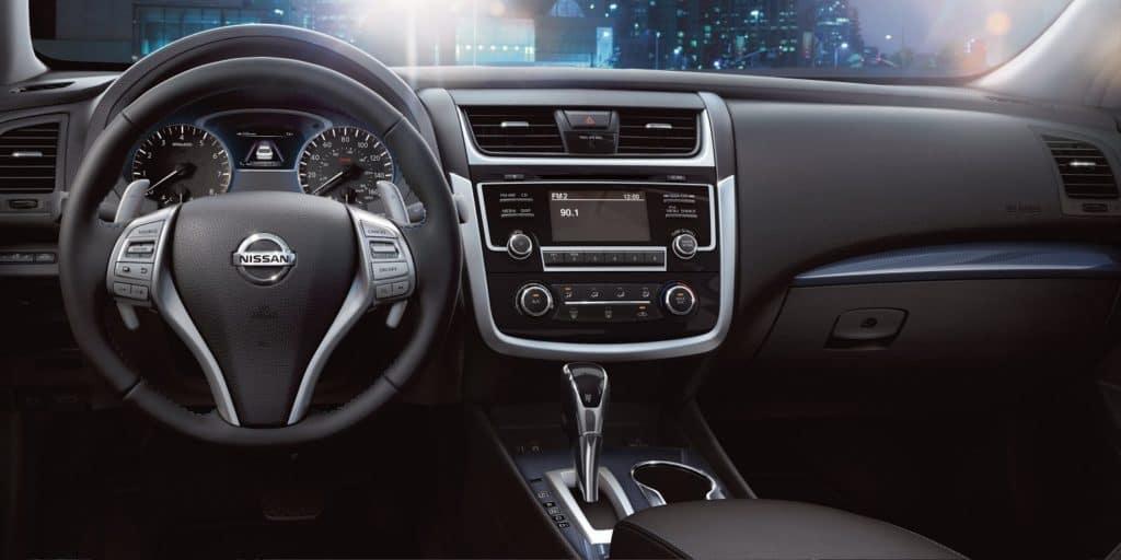 2018 Nissan Altima Cockpit