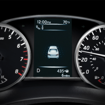 2019 Nissan Sentra driver display