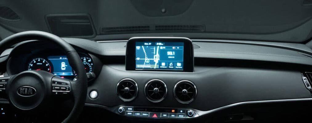 2018 Kia Stinger touchscreen