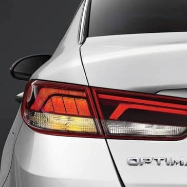 2019-Kia-Optima-rear-lights