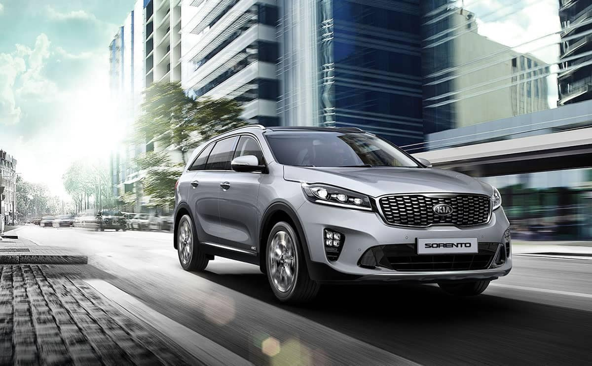 Silver 2019 Kia Sorento in the city