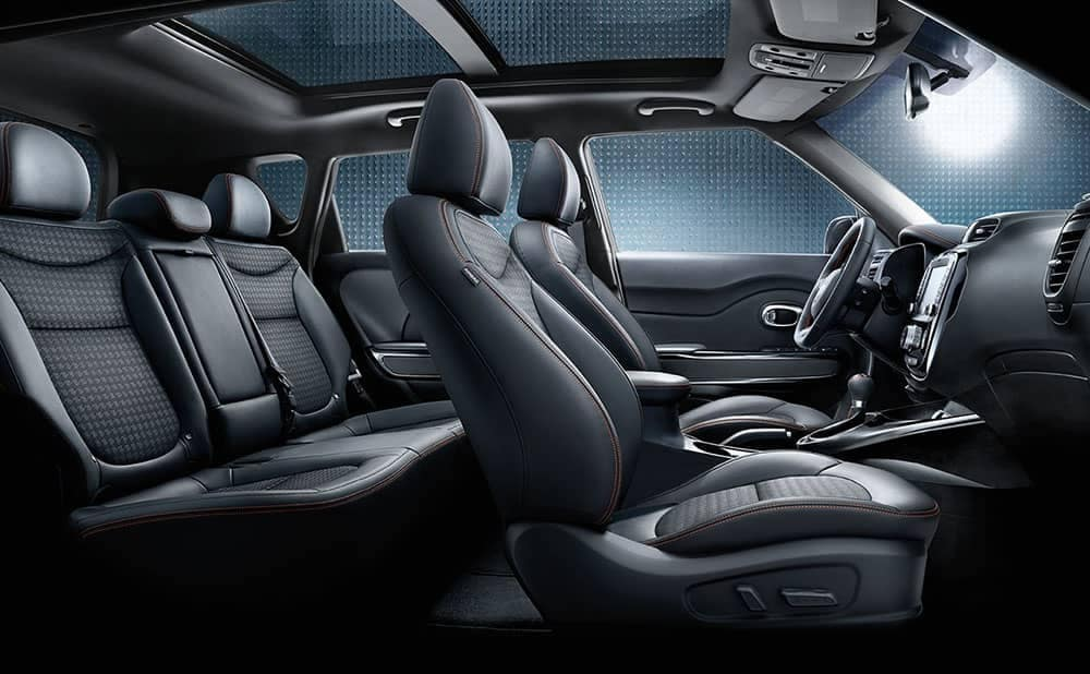 2019-Kia-Soul-interior-sunroof