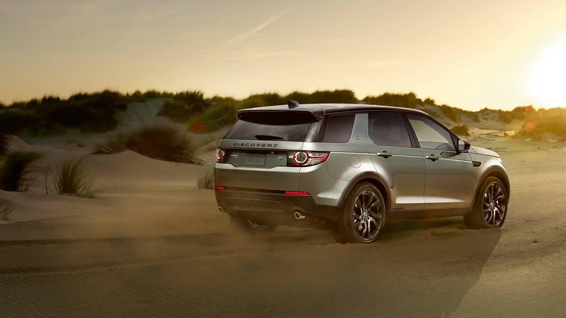 Land Rover Discovery Sport Exterior rear