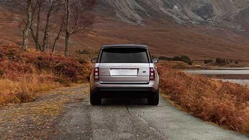 2017 Land Rover Range Rover Rear End View