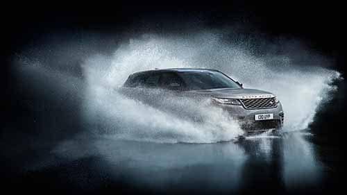 2018 Land Rover Range Rover Driving Through Water