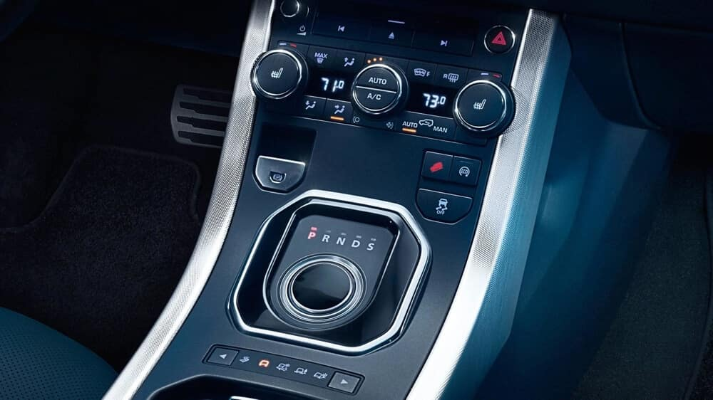 2018 Land Rover Range Rover Evoque Interior 04