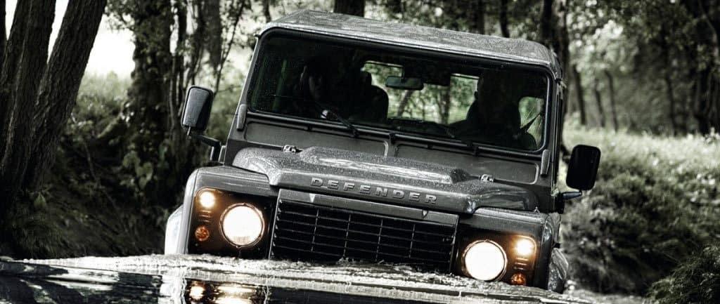 Land Rover Defender banner
