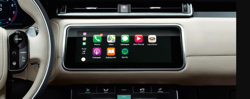 Land Rover Apple CarPlay interface