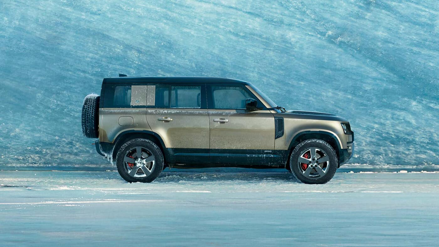 2021 Land Rover Defender Towing Capacity   How Much Can It ...