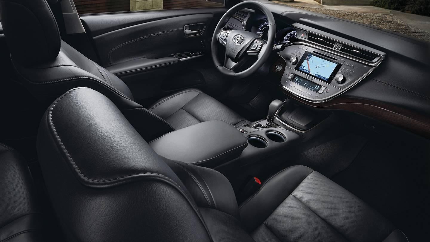 2017 Toyota Avalon Limited Interior