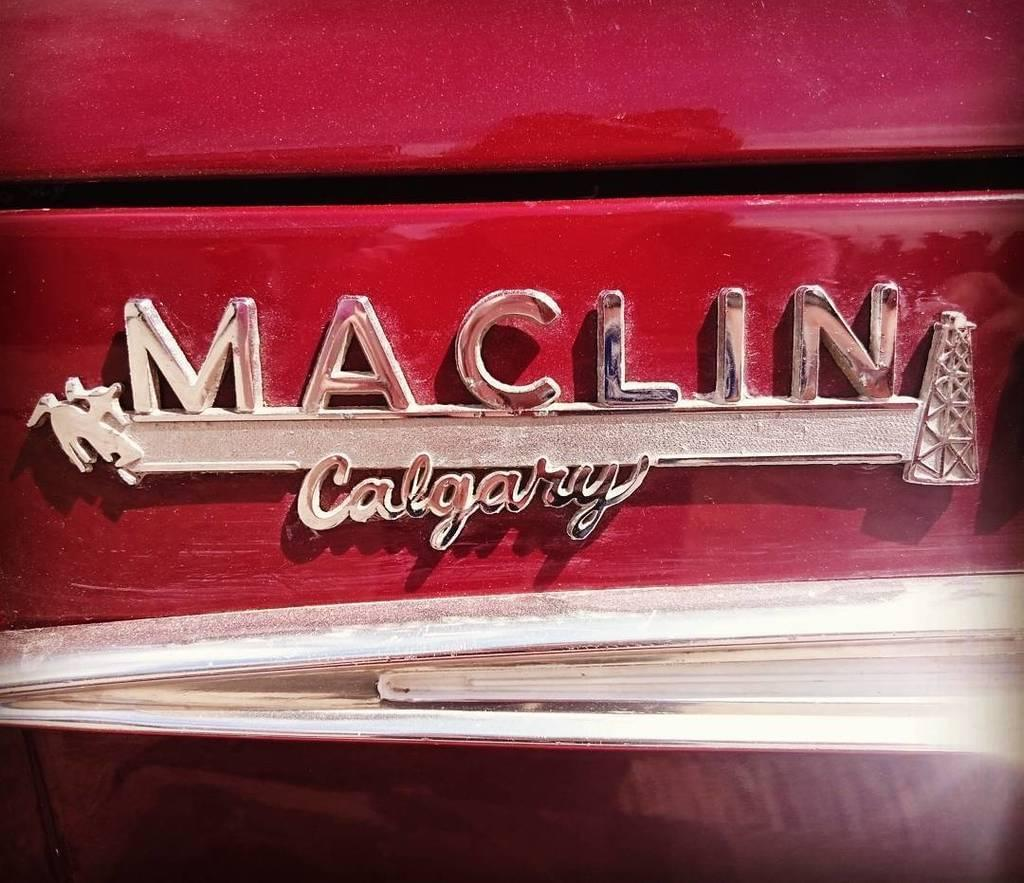 Maclin Ford has been serving calgary since 1917 & About Us | Maclin Ford Calgary markmcfarlin.com
