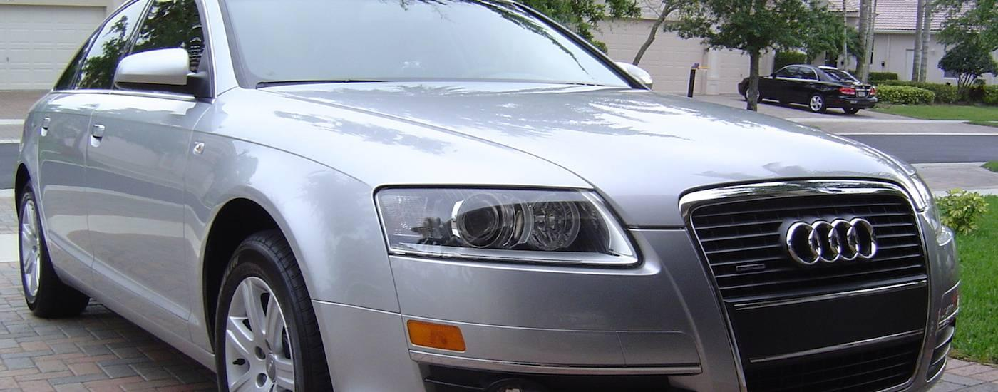 Closeup of a Silver 2005 Used Audi A4 from the front in a driveway