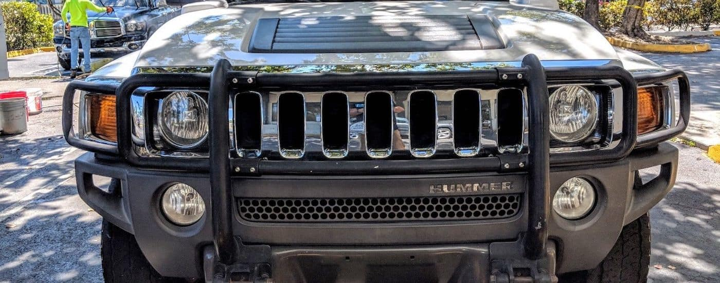 Closeup of a 2007 Used Hummer H3 chrome grille