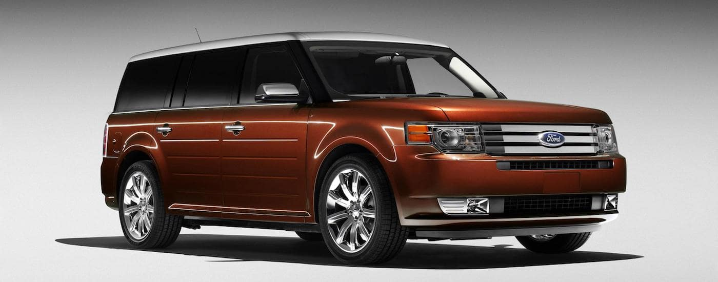 Orange 2009 Used Ford Flex angled right