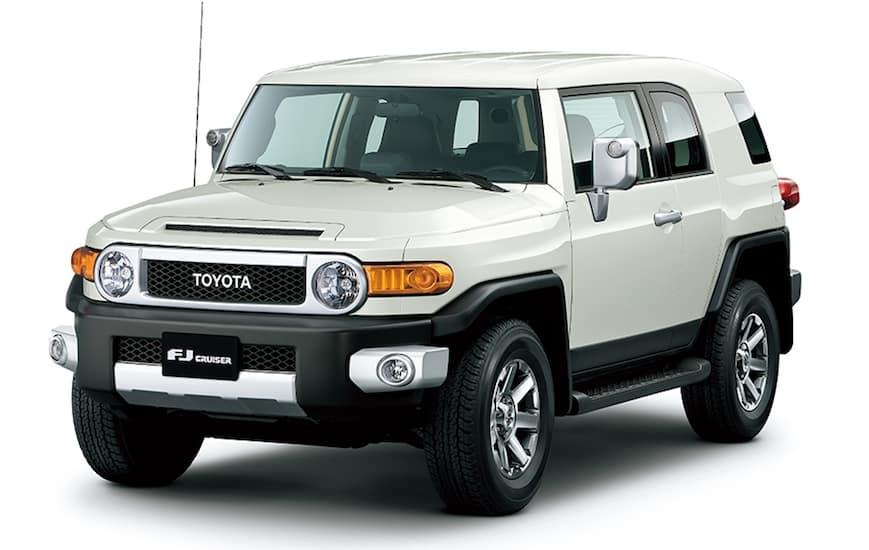 White Used Toyota FJ Cruiser angled left