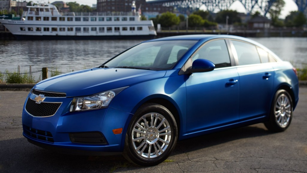 6 Reasons Why You Should by a 2013 Chevy Cruze - McCluskey