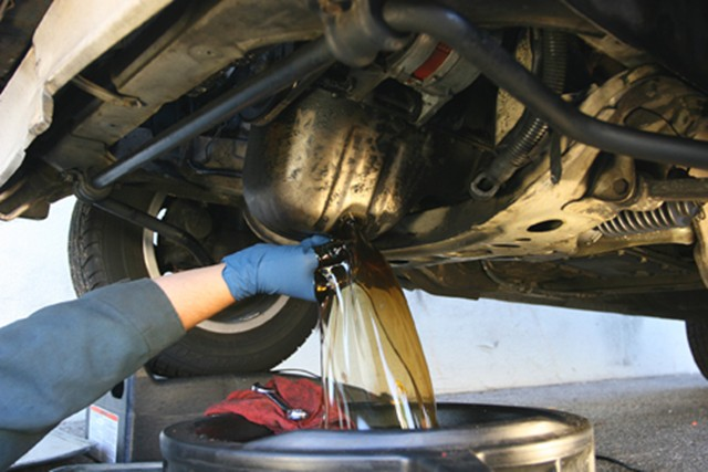 Why you shouldnt do your own oil change mccluskey chevrolet solutioingenieria Gallery