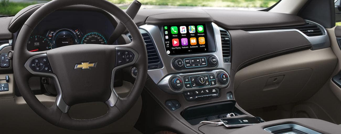 Dashboard and infotainment center of 2019 Chevy Tahoe