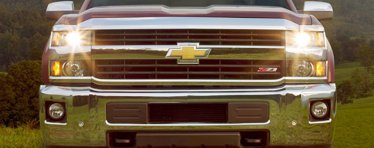 The muscular grill of a 2019 Chevy Silverado 2500hd