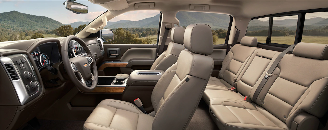 The clean and comfortable tan leather interior of the 2019 Chevy Silverado 2500hd
