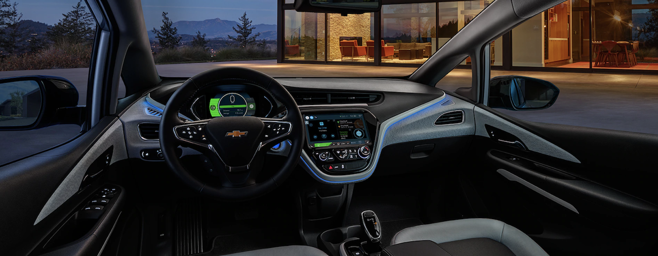 The high-tech interior of the 2019 Chevy Bolt