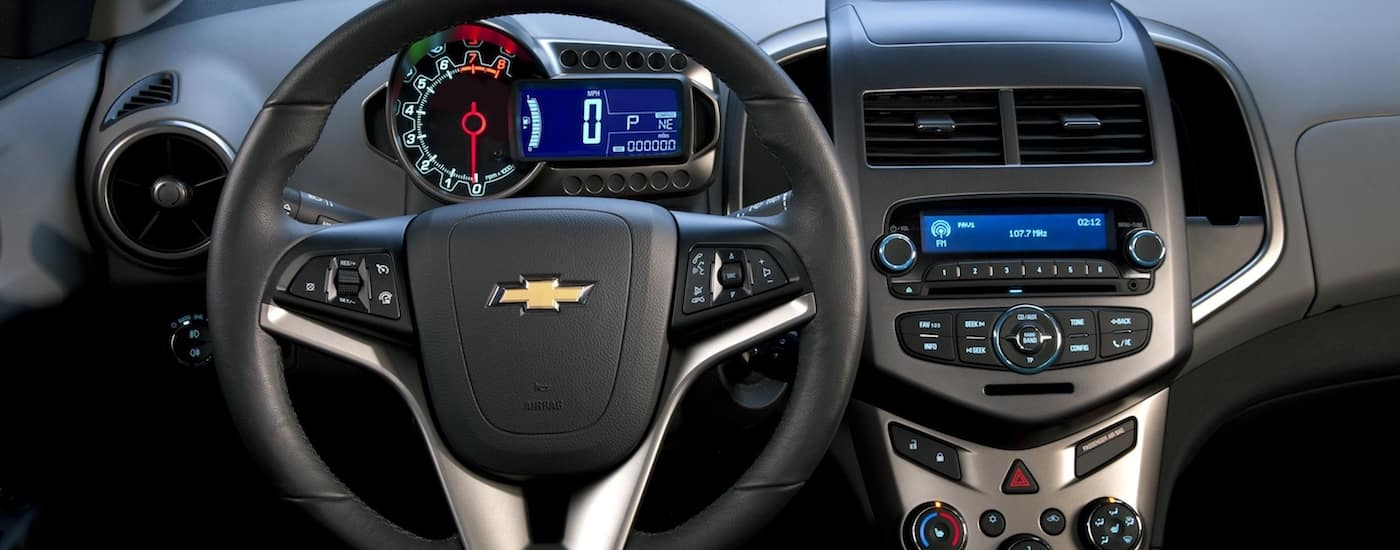2019 Chevy Sonic Steering Wheel and Technological Interface